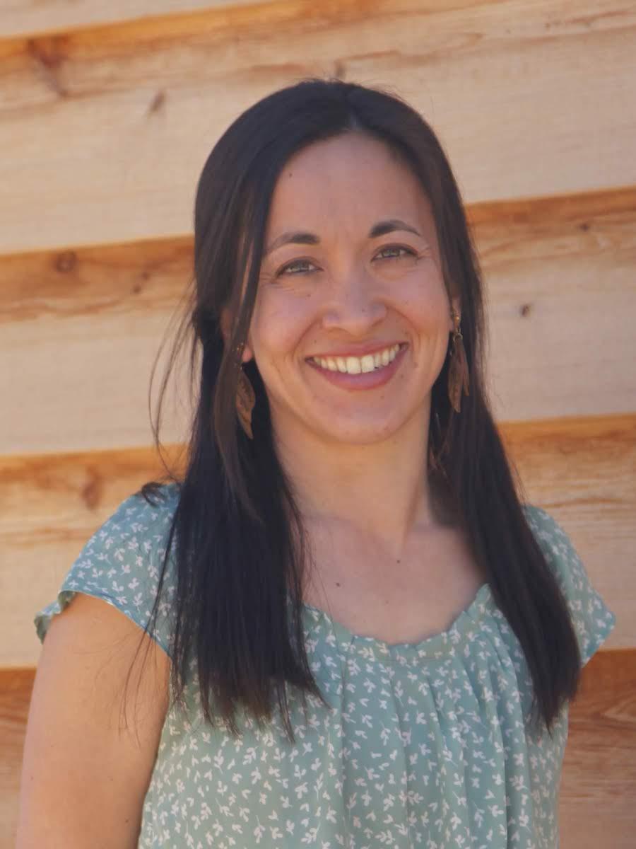 Leilani Navar about me healgrowthriveflow.com